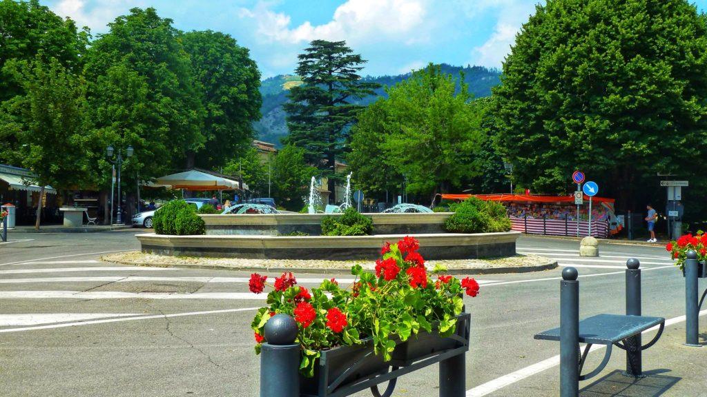 piazza-centrale-Bobbio
