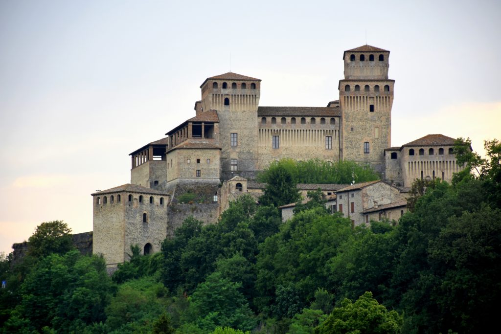borgo-medievale-di-Torrechiara